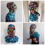 upcycling art Mask of lids